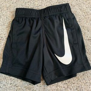 Nike Dri Fit size 2T 1-2years
